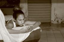girl texting.JPG
